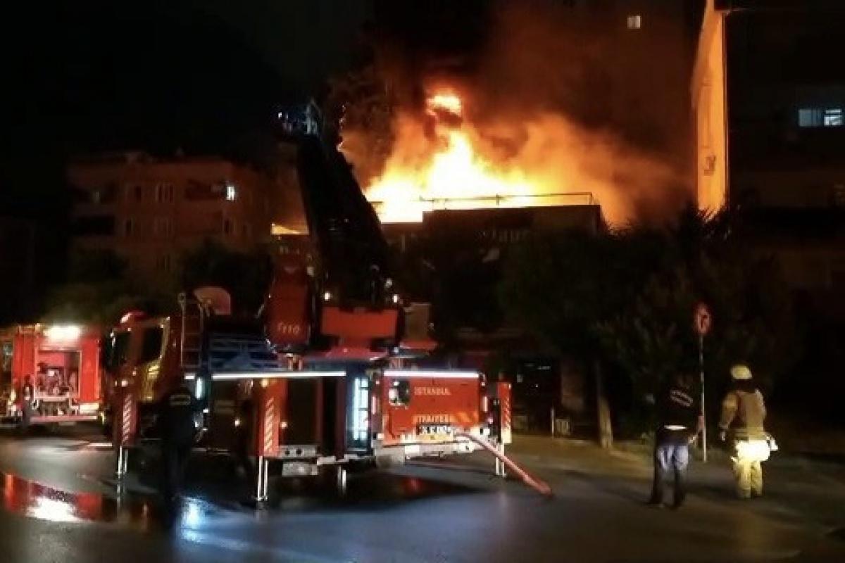 Ümraniye'de korkutan restoran yangını