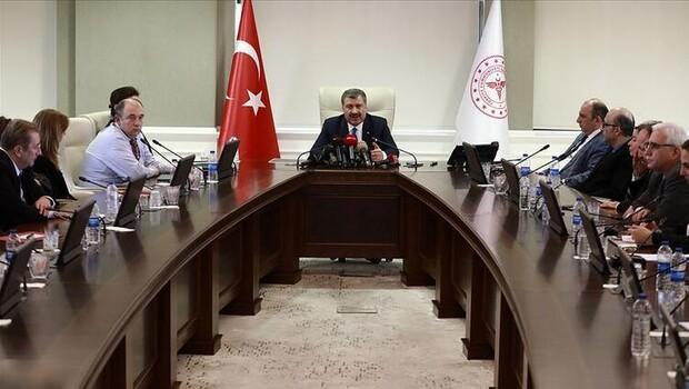 Saat 16.30'da kritik toplantı! Bakan Özer ve YÖK Başkanı Özvar Koronavirüs toplantısına katılacak